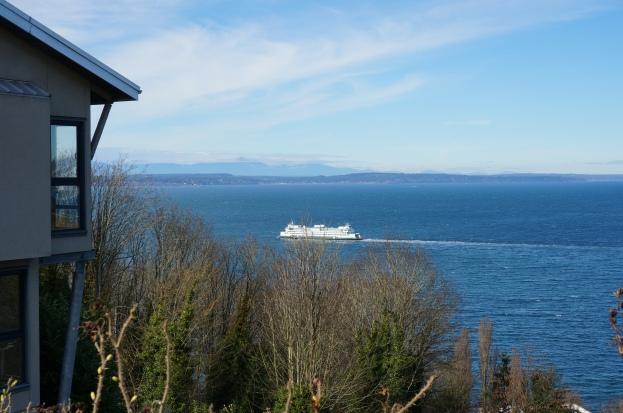 Ferry bound for Bainbridge Island