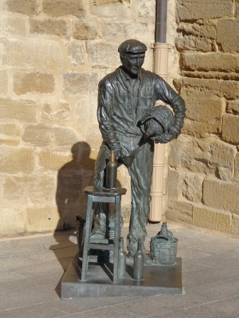 Statue of winemaker in Haro