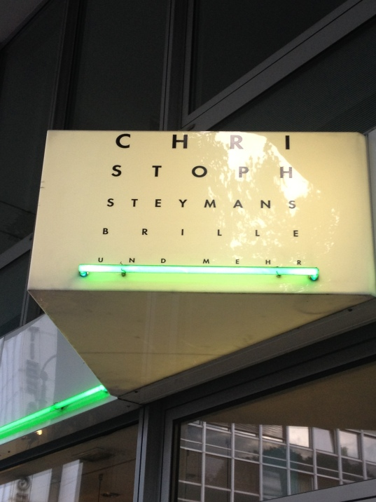 Sign for an optometry practice - Cologne