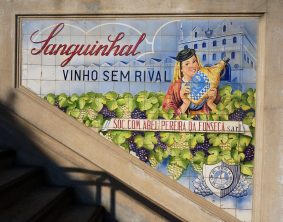 Vintage ad in Bolhau Market