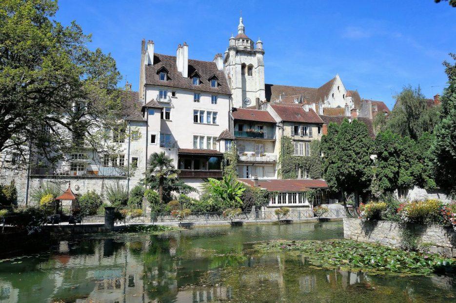 Collegiale Notre Dame and Canal des Tanneurs, Dole